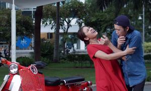 Hoài Linh làm xe ôm trong video hài mới
