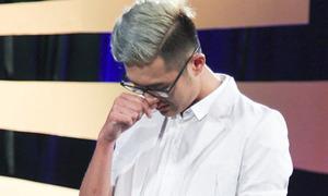 Hot boy Next Top khóc nức nở xin ra về nhưng không được chấp nhận