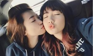 Bất chấp tin đồn chia tay JV, Mie Nguyễn thân thiết với gái lạ