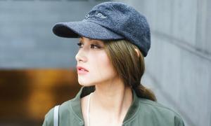 Vẻ đẹp lai của hot girl bị nghi hẹn hò với Mạc Hồng Quân