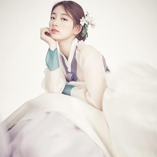 suzy-doi-dau-ban-sao-seol-hyun-trong-tao-hinh-hanbook