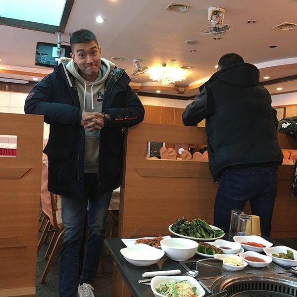 si-won-chang-min-rang-ngoi-khi-len-duong-nhap-ngu-2