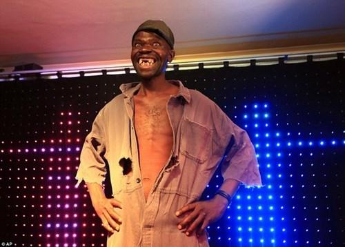 Khi Maison trình diễn thời trang trong cuộc thi.
