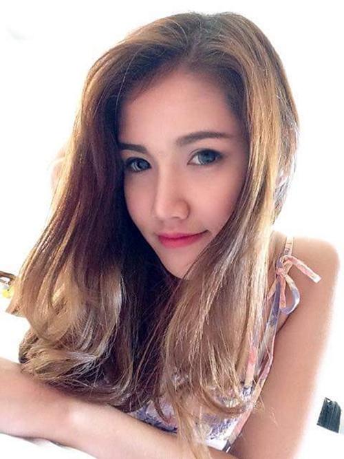 3-nu-tiep-vien-hang-khong-gay-thuong-nho-vi-anh-chup-len-2