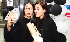 Blogger thời trang Hà thành tụ hội khoe style độc lạ