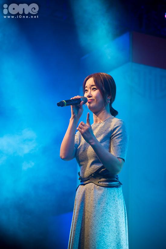fan-tao-bien-anh-sang-ho-het-lien-tuc-khi-gap-haha-bang-xuong-bang-thit-7