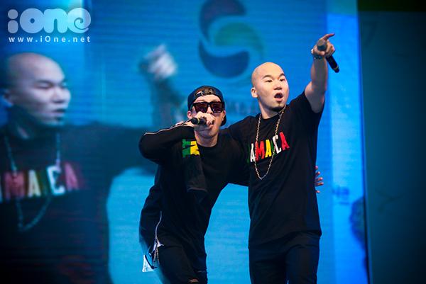 fan-tao-bien-anh-sang-ho-het-lien-tuc-khi-gap-haha-bang-xuong-bang-thit-1