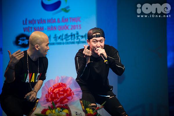 fan-tao-bien-anh-sang-ho-het-lien-tuc-khi-gap-haha-bang-xuong-bang-thit-4
