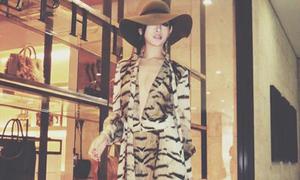 Sao style 29/11: Huyền Baby khoác 'áo choàng tắm' ra phố