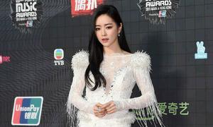 Sao Hàn mặc xấu, ít đụng hàng tại MAMA 2015