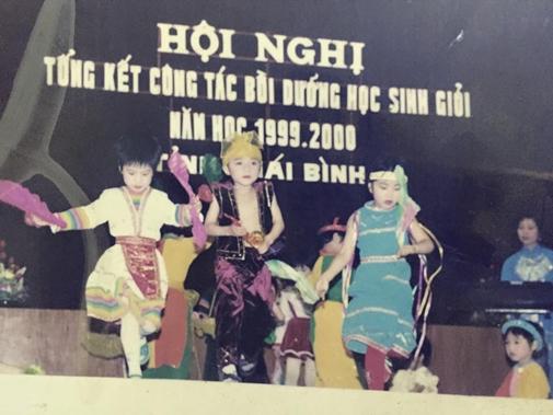 son-tung-thuo-moi-son-ma-hong-quan-ong-loe-4