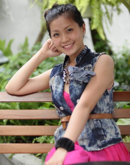 style-nang-cap-tu-nhat-nhoa-len-dang-cap-a-hau-diem-trang-2