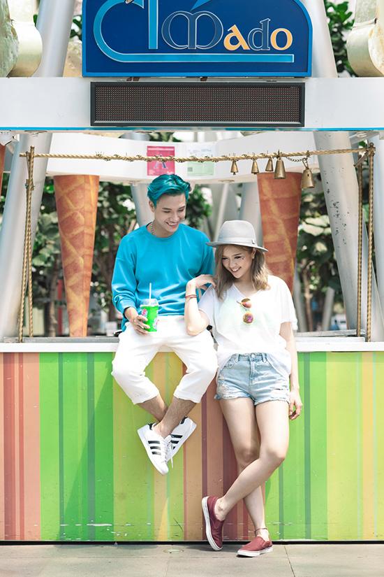 Giọng hát của bộ đôi này đã được giũa qua nhiều cuộc thi tài năng như K-pop Star Hunt, Ngôi Sao Việt,& Đặc biệt, Juun còn từng gây bão với MV Anyway đóng cùng cô nàng Quỳnh Anh Shyn. Trouble Maker Việt ôm ấp hi vọng sẽ để lại ấn tượng tốt trong sản phẩm mới.