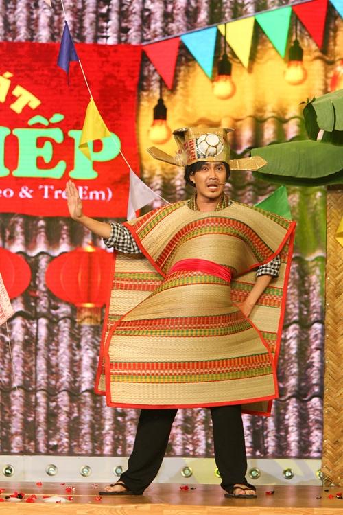 Diễn xuất ngày càng được đánh giá cao của Huỳnh Lập trên sân khấu.