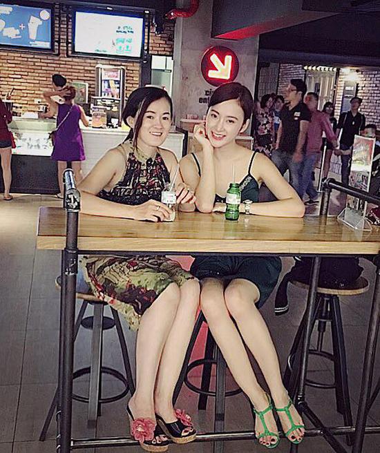 sao-viet-14-12-nha-phuong-cute-ben-em-gai-kelbin-giong-tinh-cu-g-dragon-8