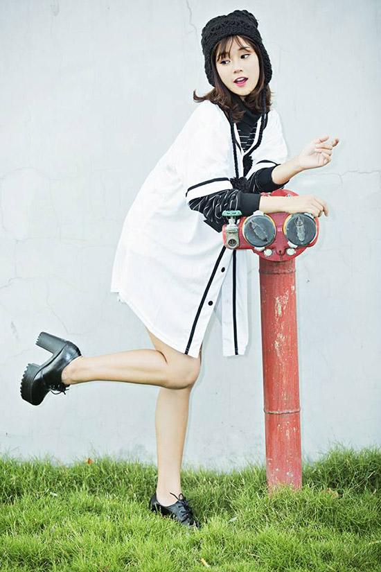 sao-style-18-12-huyen-my-nhu-cong-chua-jun-vu-tren-dong-duoi-he-3