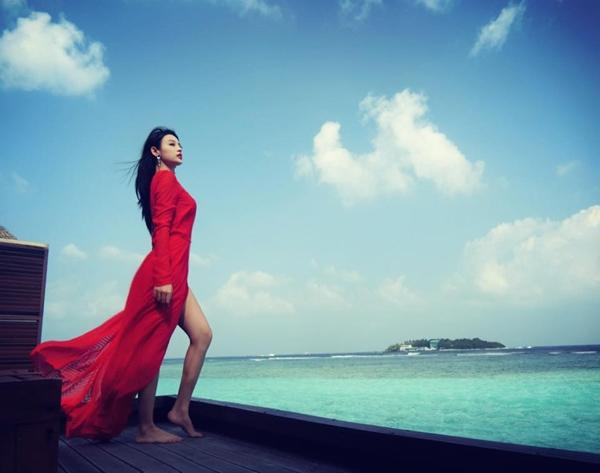 huyen-baby-tha-dang-sang-chanh-o-maldives-3