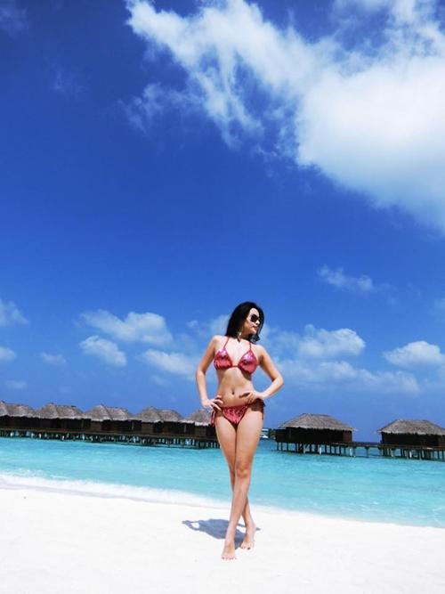 huyen-baby-tha-dang-sang-chanh-o-maldives-5