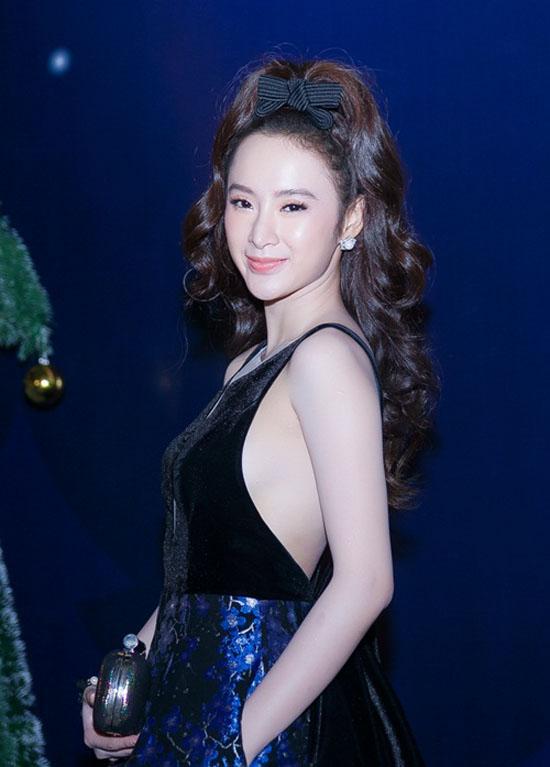 sao-style-27-12-thu-thao-khoe-lung-tran-phuong-trinh-lam-toc-nhi-nhanh-2