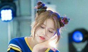 Thần tượng Hàn ăn gian tuổi với kiểu tóc Natra xì tin