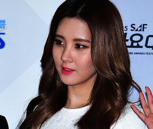 seo-hyun-lo-da-xau-exo-ke-mat-dieu-da-tren-tham-do-gayo-1