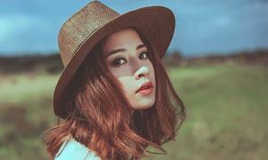 5 hot girl Việt tích cực hâm nóng tên tuổi nhất năm 2015