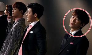Nhân viên đài SBS miệt thị nhóm nhạc ngay trên sân khấu