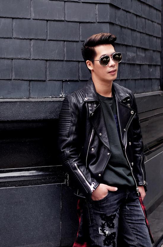 stylist-cua-minh-hang-goi-y-mix-do-chat-lu-di-choi-cuoi-nam
