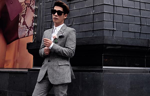 stylist-cua-minh-hang-goi-y-mix-do-chat-lu-di-choi-cuoi-nam-10