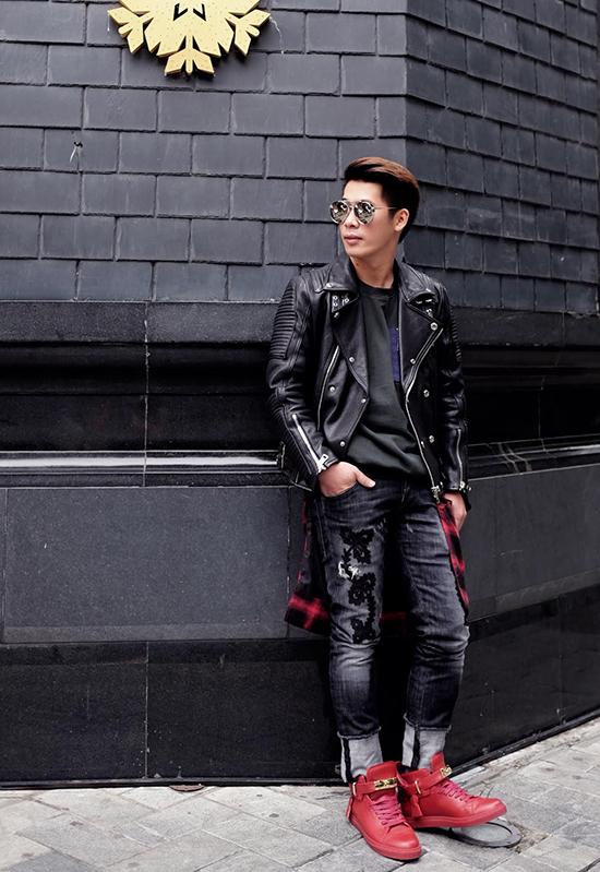 stylist-cua-minh-hang-goi-y-mix-do-chat-lu-di-choi-cuoi-nam-1