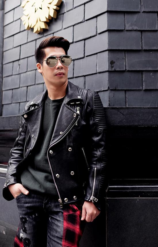 stylist-cua-minh-hang-goi-y-mix-do-chat-lu-di-choi-cuoi-nam-2