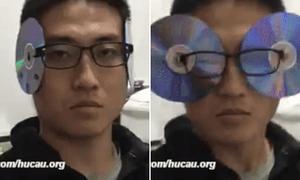 Giới trẻ đua nhau biến hình thành 'siêu nhân điện quang' với đĩa CD