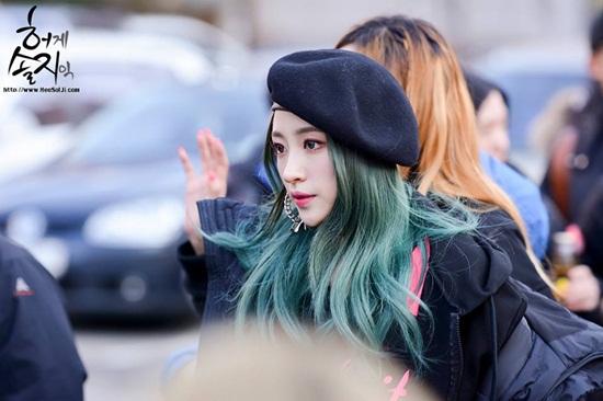 6-my-nhan-han-duoc-fan-nu-cuong-nhat-nam-2015-5