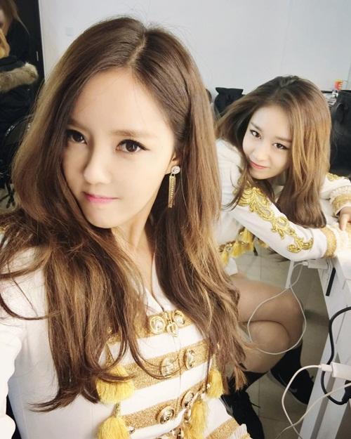 sao-han-30-12-baek-hyun-makeup-dieu-da-amber-do-ve-dep-trai-voi-sung-jae-2