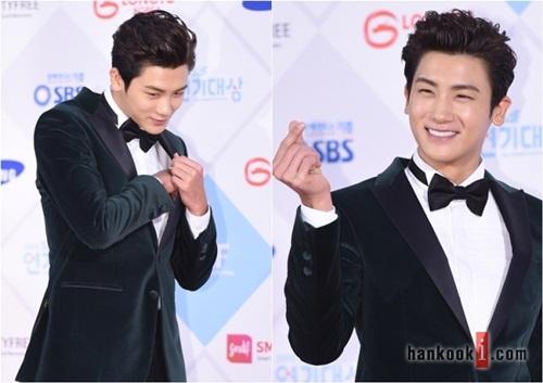 kim-yoo-jung-kim-tae-hee-dep-khong-goc-chet-o-sbs-drama-award-9