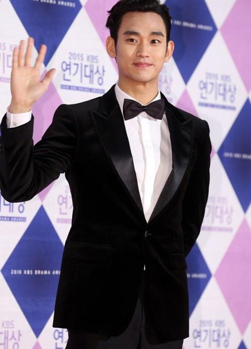 kim-yoo-jung-kim-tae-hee-dep-khong-goc-chet-o-sbs-drama-award-7