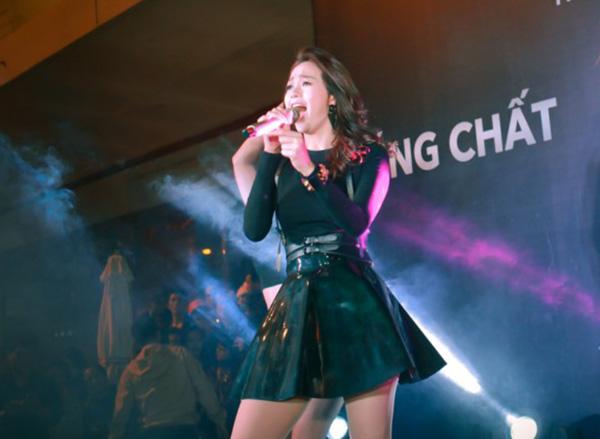 minh-hang-bich-phuong-lam-tac-duong-ha-noi-3