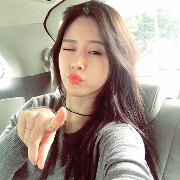 sao-han-4-1-goo-hara-khac-biet-sau-trang-diem-jun-su-dien-do-nu-tinh-2-7