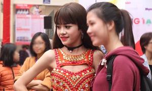 Nam sinh Bắc Giang xinh hơn con gái và ước mơ được chuyển giới