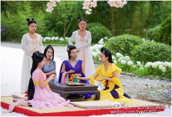 17-chuyen-hau-truong-vuot-ngheo-cua-thai-tu-phi-thang-chuc-ky-5