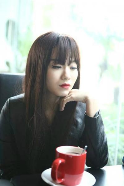 bi-to-hanh-hung-truoc-quan-ly-cua-linh-miu-phu-nhan-quyet-kien-den-cung-2