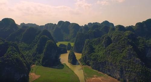 Khung cảnh Việt Nam thơ mộng trong clip của Michelle Phan