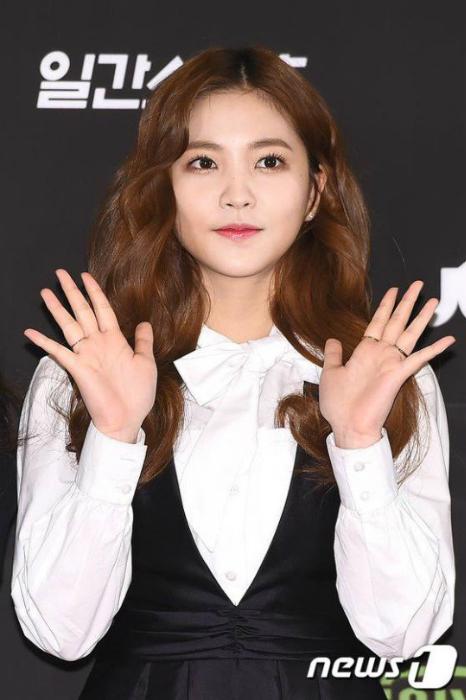 seo-hyun-do-dang-cung-seol-hyun-hani-o-tham-dogolden-disk-award-7