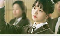 sao-han-22-1-seol-hyun-khoe-ve-sexy-kim-so-hyun-cang-lon-cang-xinh-9