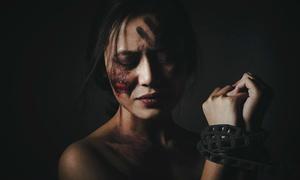 Bộ ảnh chống bạo hành của học sinh Thăng Long