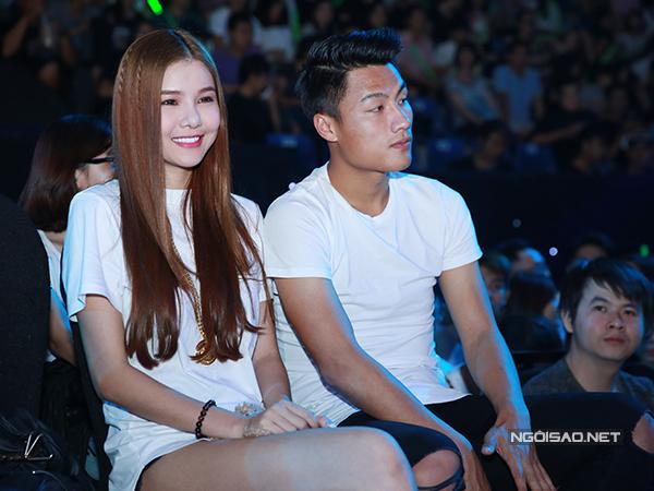 ky-han-mac-hong-quan-lan-dau-cong-khai-song-doi-1