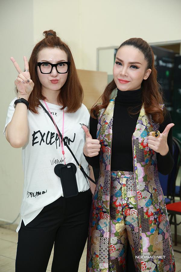 ky-han-mac-hong-quan-lan-dau-cong-khai-song-doi-5