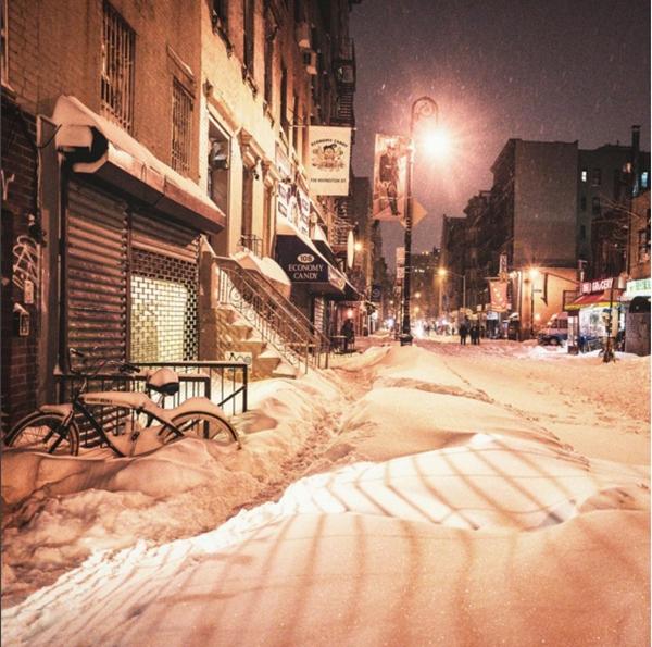 """""""Chúng tôi bước qua tuyết như bước qua những đám mây, cảm nhận được sự bồng bềnh khi vân du"""