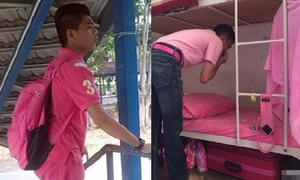 Nam sinh Trung Quốc bị kỳ thị vì chuộng màu hồng