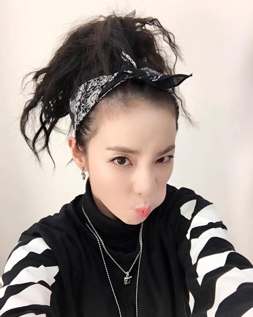 sao-han-28-1-seo-hyun-lo-toc-kho-xo-hyun-ah-lai-xinh-khi-ma-het-sung